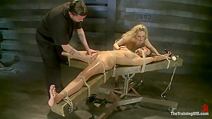 Training Beretta James Day 2 Processing the Pain to Become a True S&M Slave