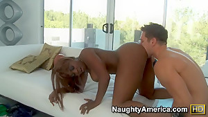 Honry cougar Coco Pink seduces hot stud into deep fucking her cunt