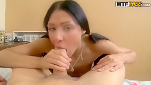 Teen girl gets her anal hole stuffed by cock