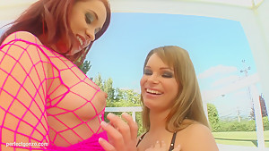 Olga Cabaeva - Jeny Baby fisting as lesbians do on  FistFlush