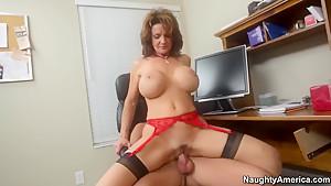 I fucked Amy's busty mommy