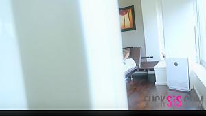 Jenna Foxx in Stay Creepin