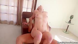 Hot ass Natasha Starr pleasures Ramon Nomar