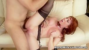 Bossy Milf porno