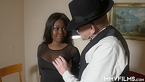 MMV – Bigger Tits