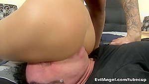 Exotic pornstars Juelz Ventura, Dominik Kross in Best MILF, Blonde sex video