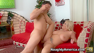 Rachel Love gave Anthony Rosano an unbelievably good blowjob