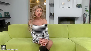 Sexy slut Ioana likes to be fucked in her dirty asshole by a big dick