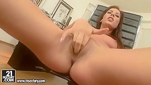 Playful beauty Anita Pearl is fingering twat