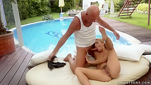 Nikky Thorne bounces her hot body on top of the old mans dick