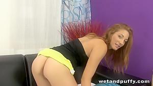 Sexy brunette gal in a super hot solo scene