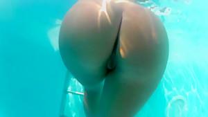 Underwater Pussy